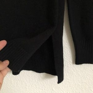 Anthropologie Sweaters - Anthropologie V Neck Sweater Black Size XSP